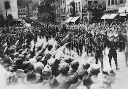 730770 himmler nazi rally e1542151668106