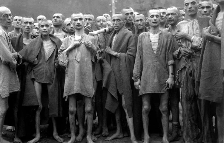 1280px ebensee concentration camp prisoners 1945 1024x752