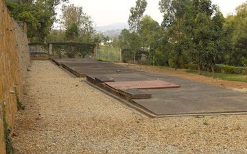 800px mass graves in which 259000 genocide victims are interred genocide memorial center kigali rwanda 02 e1542383314892